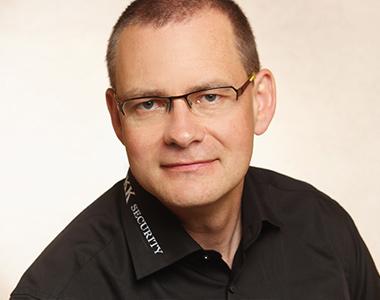 Torsten Hellmuth